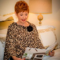 Style WILP 100 -  Leopard Print Port Accessible Chemo Poncho
