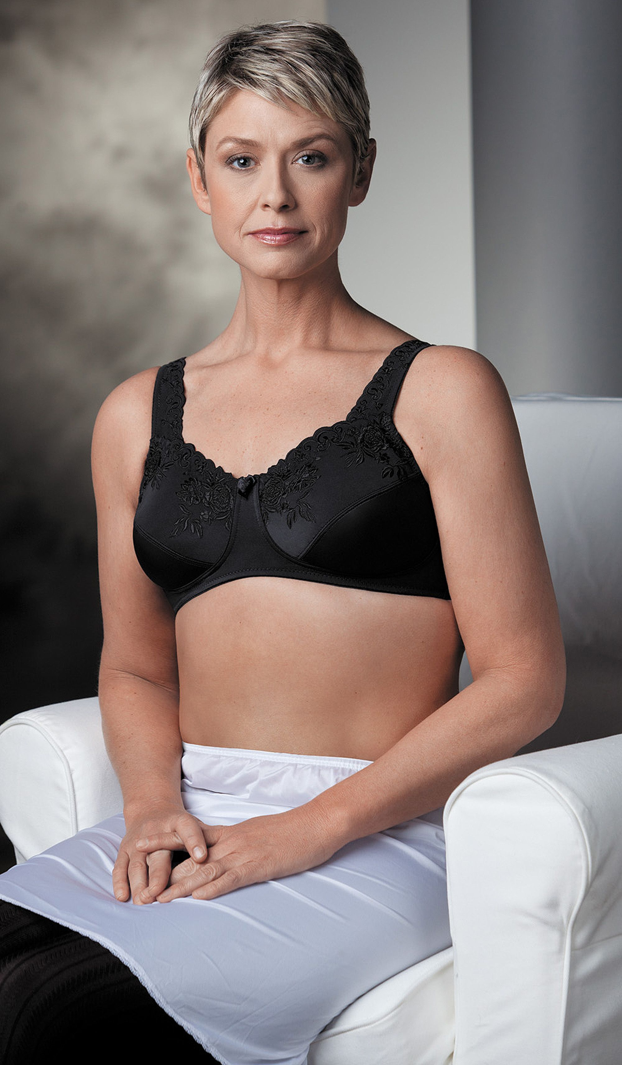 b5248990c2 Style 4022 - Trulife Mastectomy Bra - 4022 NEW LACE SOFTCUP - NOW ON SALE